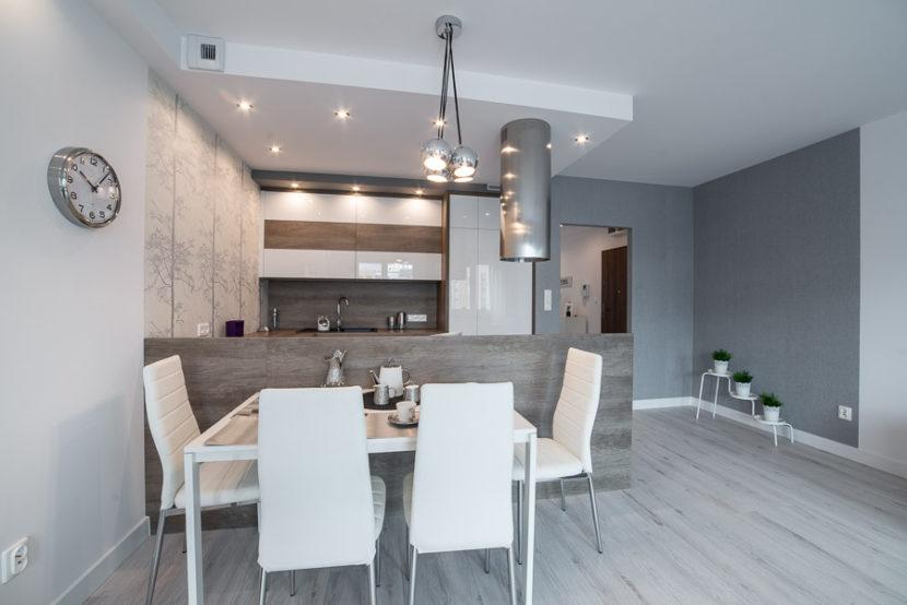mieszkanie z kuchnią otwartą na salon
